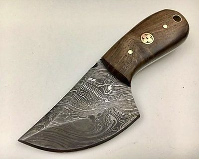 Damascus Skinner with Walnut wood Handle