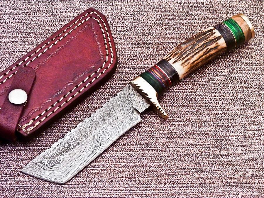 Damascus Knife No 373
