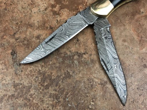 Damascus Pocket Knife with rams horn and buffalo horn Handle with brass bolster 2 blades